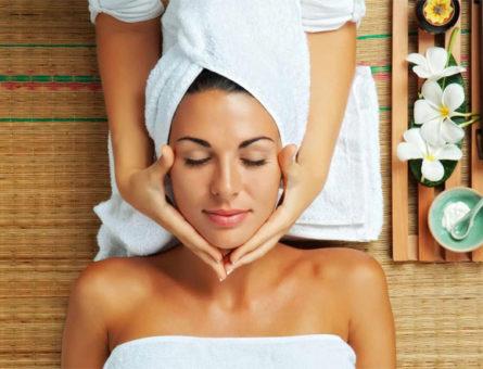 service-woman-spa
