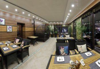 Кафе на веранде, Женский банный VIP-клуб при SPA-комплексе С легким паром!